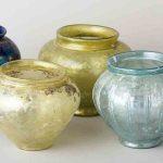 Urnes cinéraires et vases lacrymatoires, Verre, Ier siècle, Chalon-sur-Saône, nécropole gallo-romaine de la Citadelle. © musée Denon