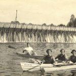 Barrage à aiguilles et bateau loisir
