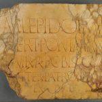 Dédicace à Lépide Marbre rosé de Numidie, Tabarka, Afrique du Nord (Tunisie),  Ier siècle av. J.-C.