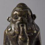 Égypte (ou Gaule romaine), IIe s. av. J.-C./IIe s. Statuette : Bès Alliage cuivreux Chalon-sur-Saône, musée Denon © musée Denon / Photographie : Philip Bernard