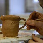 Atelier jeune public Apprentis potiers. © musée Denon