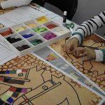 Atelier jeune public Mosaïque et couleurs. © musée Denon